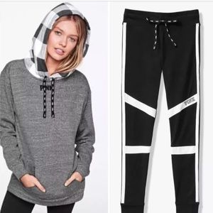 VS PINK Sherpa Hood Pullover Legging Black Large